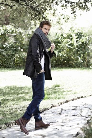 grey t-shirt scarf esprit pablo alborán jeans coat boots El Corte Inglés Levi's H&M Green Coast Hominem AR