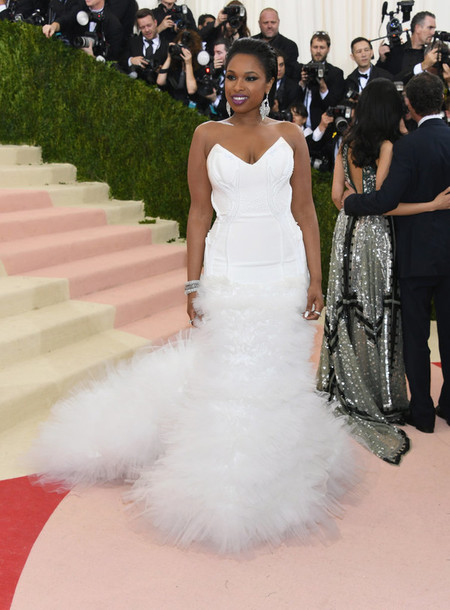 dress white jennifer hudson metgala2016 red carpet With jennifer hudson wedding dress