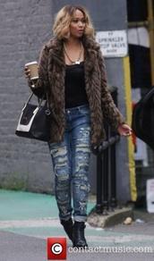 coat,brown,fur