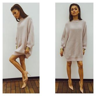 dress sweater dress high heels nude bracelets earings gold shoes