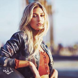 jeans crop tops long sleeves hailey baldwin model instagram bomber jacket camouflage camo jacket top