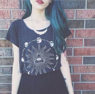 shirt sun grunge tumblr found on tumblr tumblr girl tumblr fashion cute goth ghotic t-shirt moon