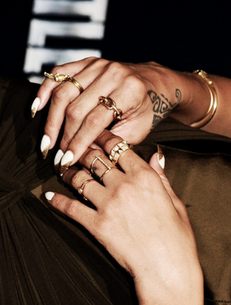 jewels ring rings and tings gold jewelry rihanna gold ring midiring rings gold lush gold midi rings