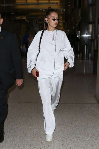 sweater oversized sweatshirt pants all white everything bella hadid model off-duty sweatpants