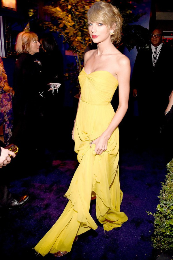 dress golden globes 2015 after party taylor swift jimmy choo