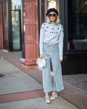 sweater,knitted sweater,cashmere jumper,pants,flare pants,pumps,handbag,mini bag,sunglasses,beret