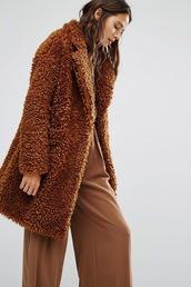 le fashion image,blogger,coat,sweater,pants,fur coat,brown coat,wide-leg pants