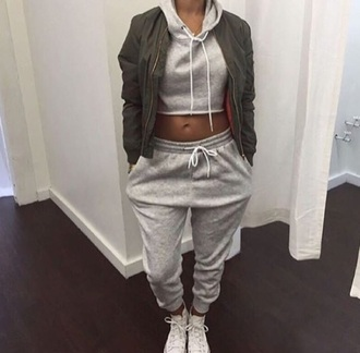 pants sweater hoodie tracksuit joggers set matching set grey comfy casual coat green bomb coat greysweat set full outfit tumblr instagram bomber jacket cropped sweater joggers pants top jacket sweatpants shirt two-piece grey sweatpants