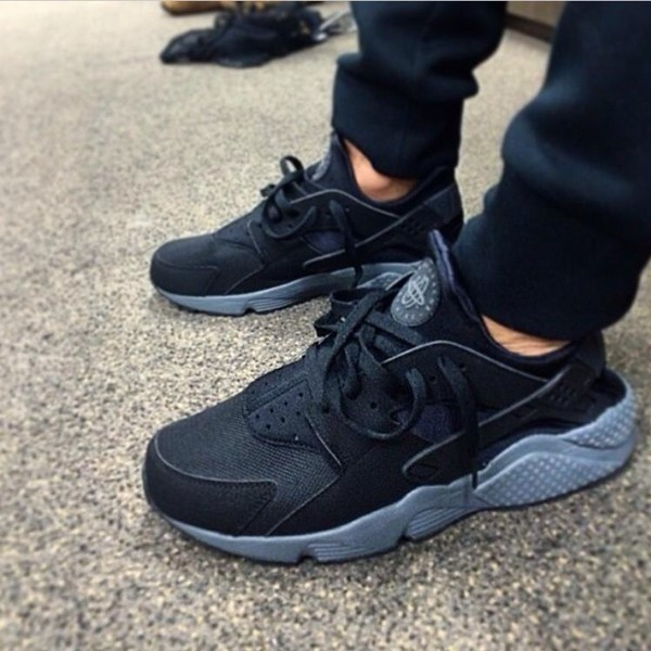 nike huarache black and blue