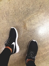 black sneakers,nike,black pants,black jeans,shoes,black,cute,trainers,sneakers,running shoes,lace up,pretty,white