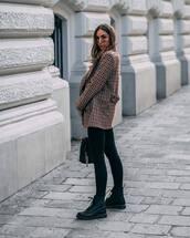 jacket,checkered,wool jacket,skinny jeans,black jeans,boots,shoulder bag,sunglasses