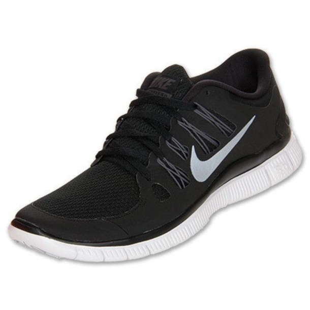 nike free womens black and white