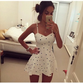 dress dots black white