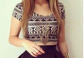 top,crop tops,crop,cropped,t-shirt,tshirt.,brown,brown top,pattern,design