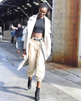top blazer black top pants black booties