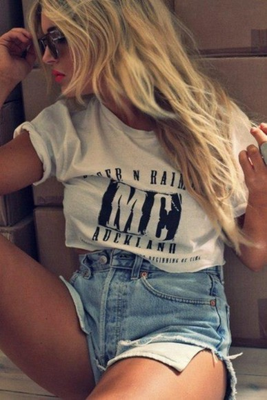 shorts white t-shirt high waisted denim shorts crop tops