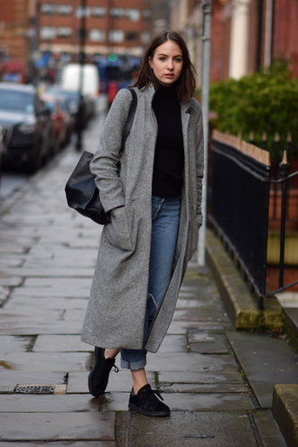 shot from the street blogger jeans long coat grey coat casual