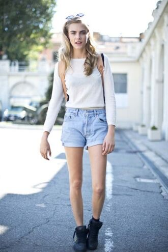 shirt shorts high waisted shorts high-rise denim cara delevingne style celebrity style vintage blonde hair sunglasses black boots bag