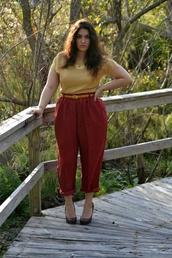 pants,plus size pants,plus size,curvy,plus size shirt,yellow shirt,belt