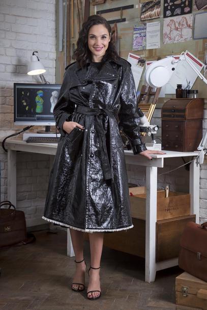 coat gal gadot sandals fall outfits fall coat