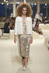 shoes,babouches,chanel babouche,white babouches,dress,sequin dress,jacket,white jacket,hairstyles,runway