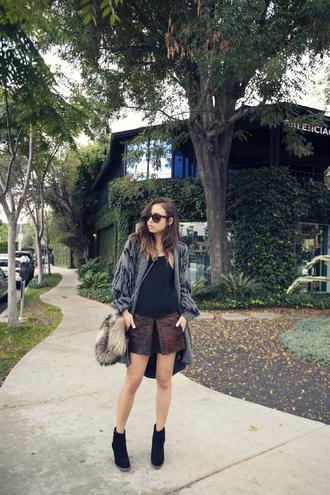 shoes sweater bag jewels skirt fashion toast tank top sunglasses