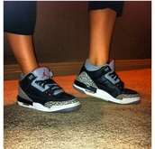 shoes,jordan's,black,white,grey,red,cute,air jordan,nike,nike sneakers,amazing,dope