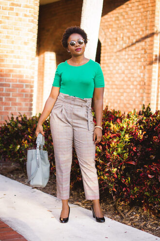 pinksole blogger sunglasses jewels top pants shoes bag green top handbag pumps fall outfits