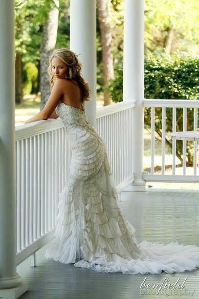 dress lace wedding dress off-white lace lace wedding gown