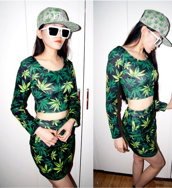 EAST KNITTING FASHIONS FREE SHIPPING KZ 004 2013 fashion women skirt green leaf print skirts-in Skirts from Apparel & Accessories on Aliexpress.com