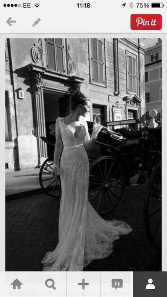 wedding clothes bride