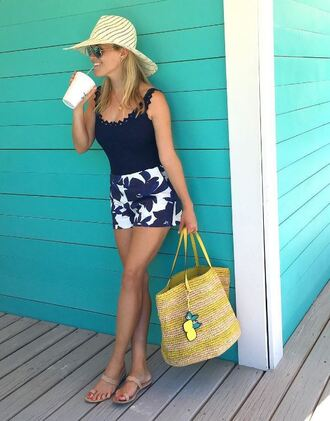 shorts reese witherspoon sandals top swimwear instagram summer purse hat flowered shorts blue and white