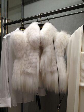 jacket white cream cream coat white coat fur faux fur fur collar white fur fur sleeves vest fur vest coat white fur coat luxury beautitiful