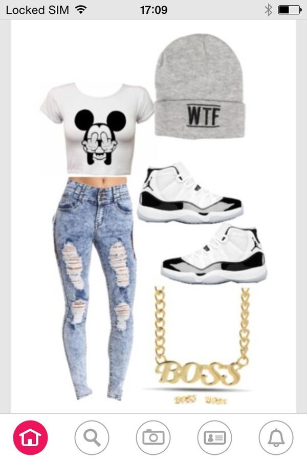 t-shirt jewels hat shoes jeans