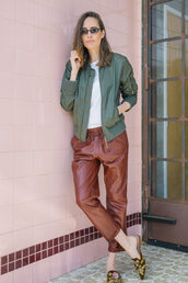 pants,jacket,green jacket,brown pants,shoes,flats,white top,sunglasses