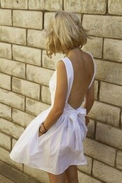 white dress,bow,halter top,backless,dress,open backed dress,low back,open back,Bow Back Dress,black dress,backless white dress,open back dresses,clothes,white,sexy,summer outfits
