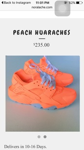 shoes,huarache,nike sneakers,peach