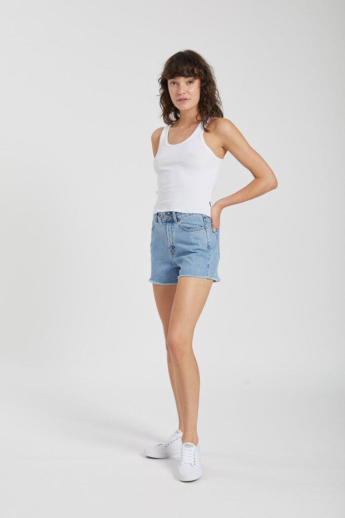 Nora Shorts Light Retro