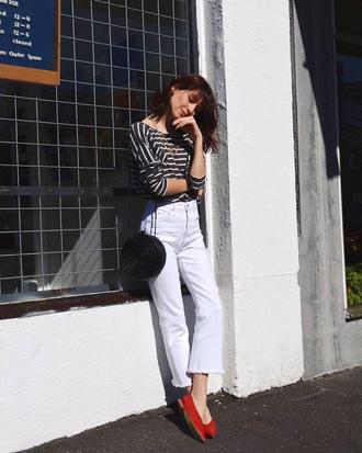 top white jeans tumblr stripes striped top denim jeans shoes red shoes bag black bag round bag