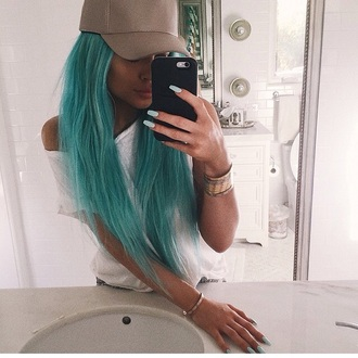hat kylie jenner cap jewels jewelry stacked bracelets bracelets kylie jenner jewelry keeping up with the kardashians