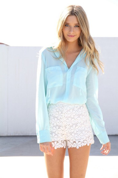 shorts blue blouse lace white lace shorts