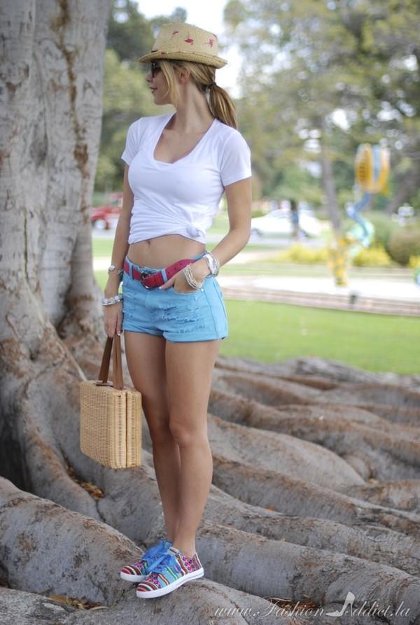 fashion addict shoes shorts t-shirt bag belt jewels hat