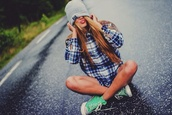 hat,grey,beanie,blouse,turquoise,shoes,converse,blonde hair,bad,writing,black writing,beautiful,hipster,green,shirt
