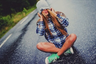 hat grey beanie blouse turquoise shoes converse blonde hair bad writing black writing beautiful hipster green shirt