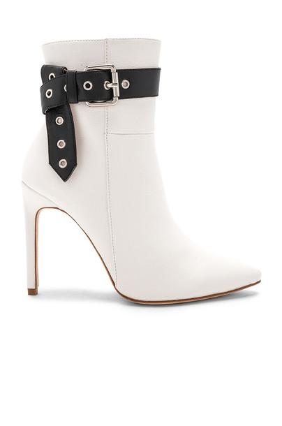 RAYE white shoes