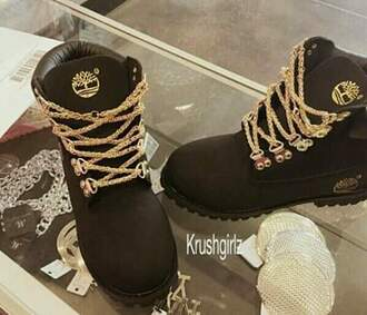 shoes tim's black with gold chains timberland dope urban black and gold black boots timberlands black boots timberlands and gold chain black timberlands timberlands boots gold chain timberland boots shoes black shoes black sneakers gold shoelaces black timberlands gold chain