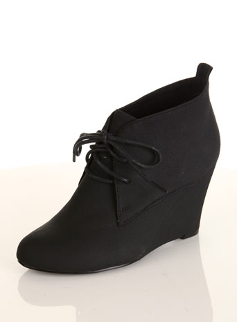 black lace up wedge boot new in miss selfridge