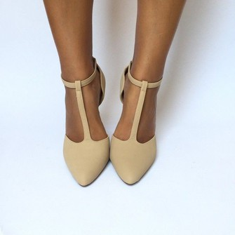 shoes heels beige middle straps the middle