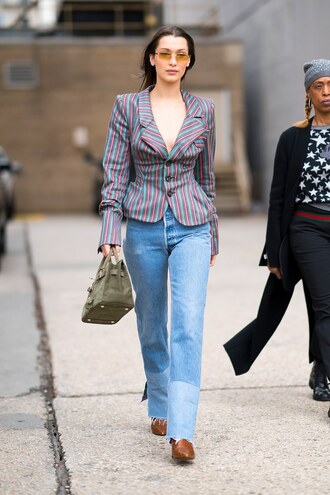 jeans streetstyle blazer model off-duty bella hadid ny fashion week 2018 fashion week 2018 spring outfits stripes