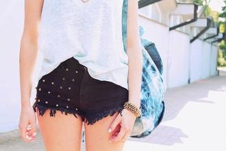 black shorts tank top summer outfits